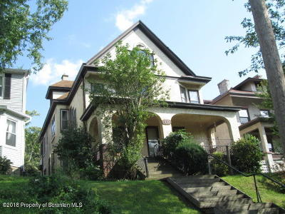 Scranton Single Family Home For Sale: 910 Clay Ave