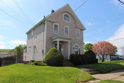 Lackawanna County Single Family Home For Sale: 329 Stafford Ave