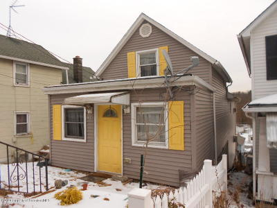 Lackawanna County Single Family Home For Sale: 250 Main Sturges M 9p