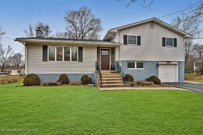 Lackawanna County Single Family Home For Sale: 108 Fern Rd