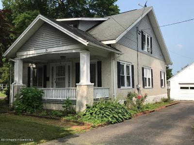 Tunkhannock Single Family Home For Sale: 21 Philadelphia Ave