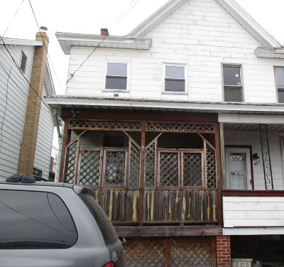 Luzerne County Single Family Home For Auction: 409 Spruce St