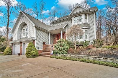 Clarks Summit Single Family Home For Sale: 104 Nikelle Ln