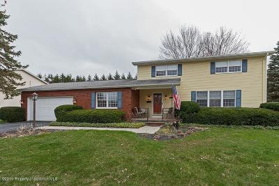 Clarks Summit Single Family Home For Sale: 1017 Woodland Way