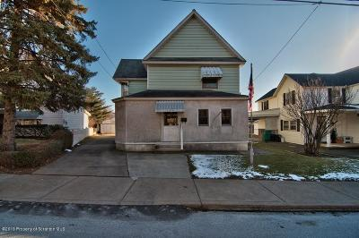 Lackawanna County Single Family Home For Sale: 409 Delaware St