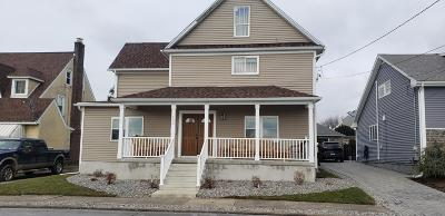 Lackawanna County Single Family Home For Sale: 153 Third St