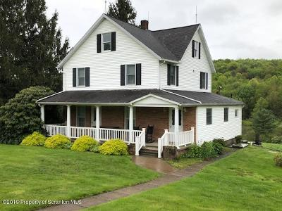 Dalton PA Single Family Home For Sale: $399,900