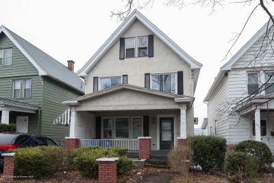 Lackawanna County Single Family Home For Sale: 935 Madison Ave
