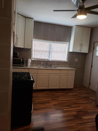 Lackawanna County Single Family Home For Sale: 1901 Jackson St