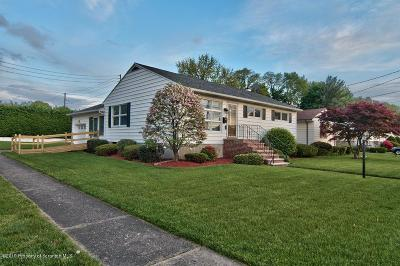 Lackawanna County Single Family Home For Sale: 9 Webster Dr