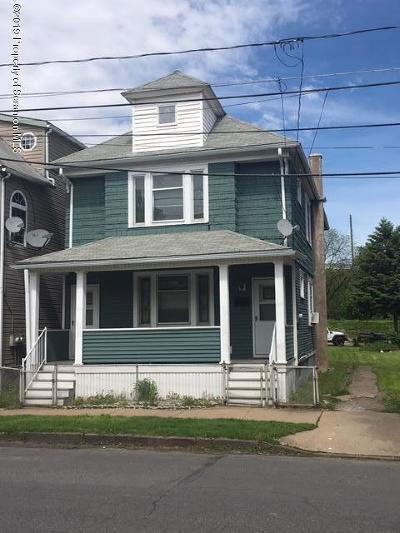 Luzerne County Single Family Home For Sale: 8 Brookside St