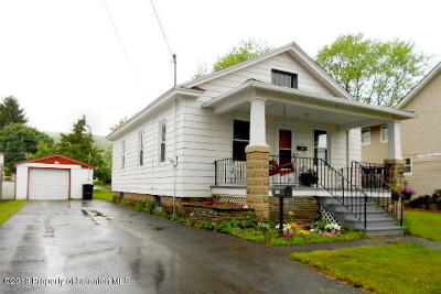 Lackawanna County Single Family Home For Sale: 615 Madison Ave