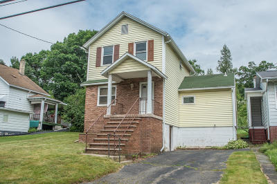 Lackawanna County Single Family Home For Sale: 351 Irving Street