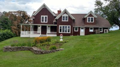 Tunkhannock PA Single Family Home For Sale: $470,000