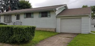 Lackawanna County Single Family Home For Sale: 447 Fourth St