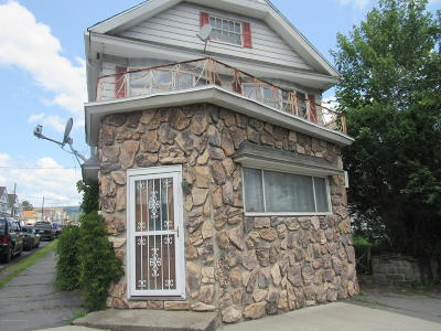 Lackawanna County Multi Family Home For Sale: 922 S Main Ave