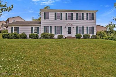 Lackawanna County Single Family Home For Sale: 1106 Audubon Dr