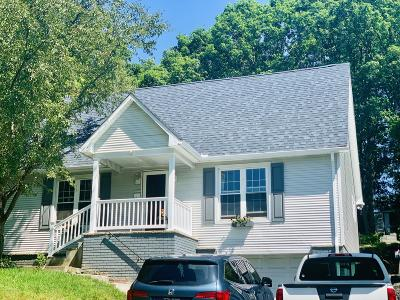 Lackawanna County Single Family Home For Sale: 516 First St