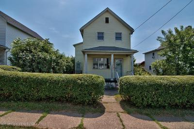 Lackawanna County Single Family Home For Sale: 1305 Amherst