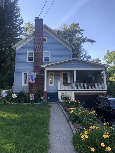 Lackawanna County Single Family Home For Sale: 148 Van Brunt St