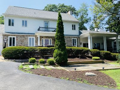 Lackawanna County Single Family Home For Sale: 1 Scranton Pocono Hwy