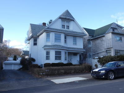 Scranton Single Family Home For Sale: 637 Prescott Ave