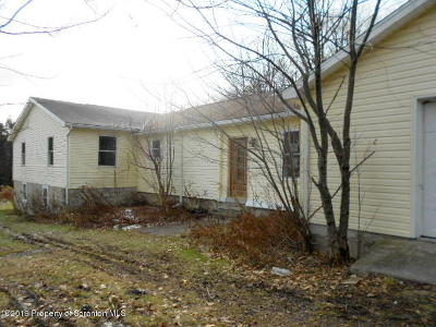 Clarks Summit Single Family Home For Auction: 1712 Forest Acres Dr