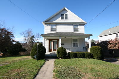 Lackawanna County Single Family Home For Sale: 224 S Valley Ave