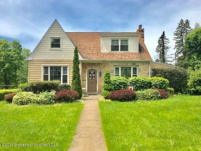 Lackawanna County Single Family Home For Sale: 501 S Abington Rd