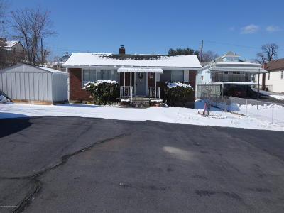 Lackawanna County Single Family Home For Sale: 434 S 8th Ave