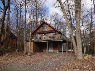 Lackawanna County Single Family Home For Sale: 32 Country Club Dr.