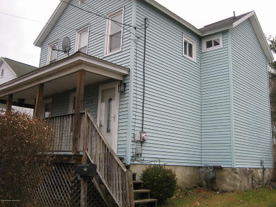 Lackawanna County Single Family Home For Sale: 210 Lawrence St