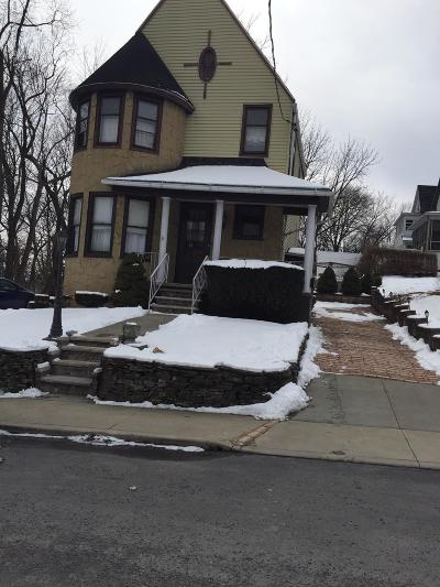 Lackawanna County Single Family Home For Sale: 153 Spring St