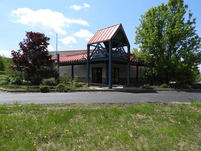 Lackawanna County Commercial For Sale: 15 Fleetwood Rd