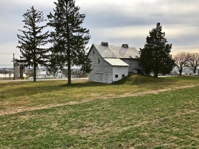 Ephrata Farm For Sale: 138 E Farmersville Road