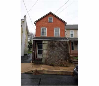 Stevens Single Family Home For Sale: 63 N Reamstown Road