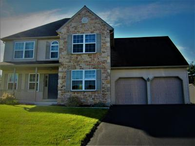 Denver Single Family Home For Sale: 50 Catalpa Circle