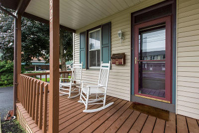 Lititz Single Family Home For Sale: 527 N Water Street