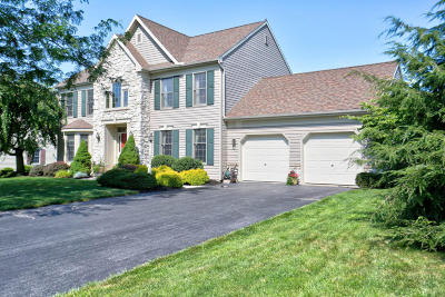Lititz Single Family Home For Sale: 9 Marie Drive