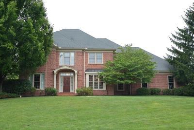 Lancaster Single Family Home For Sale: 910 Stonebridge Drive
