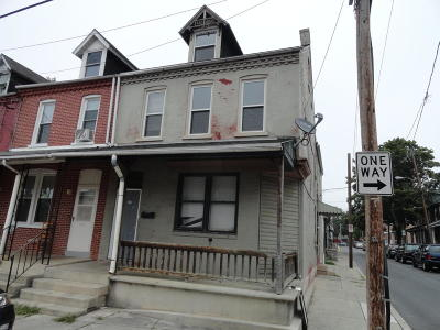 Lancaster Single Family Home For Sale: 525 S Christian Street