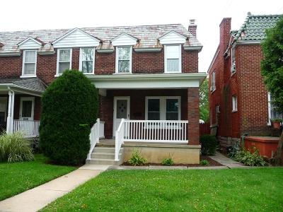 Lancaster Single Family Home For Sale: 664 New Holland Avenue