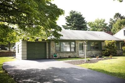 Lancaster Single Family Home For Sale: 1541 Santa Barbara Drive