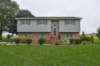 Washington Boro Single Family Home For Sale: 127 Spring Meadow Lane