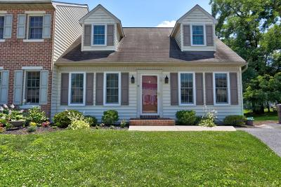 Elizabethtown Single Family Home For Sale: 40 Yorkshire Court