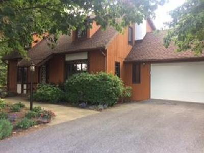 Lititz Single Family Home For Sale: 5 Arlin Circle