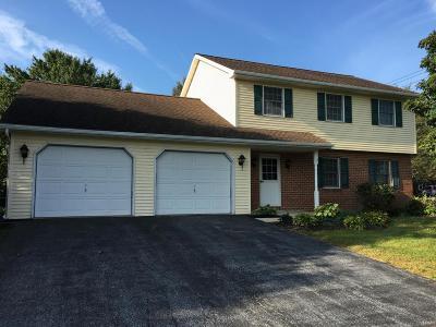 Ephrata Single Family Home For Sale: 202 Kimberly Lane