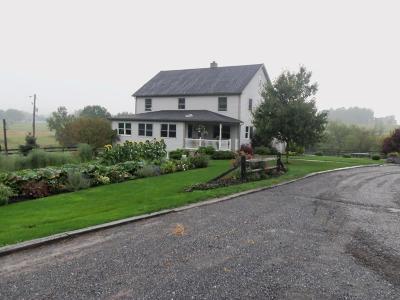 Manheim Single Family Home For Sale: 337 Cider Press Road