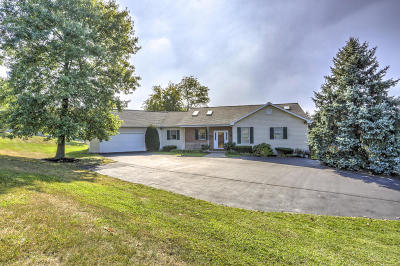 Manheim Single Family Home For Sale: 2003 Baker Road