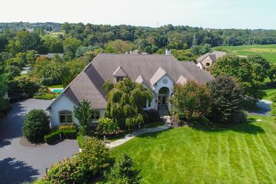 Lancaster Single Family Home For Sale: 22 Deerfield Road